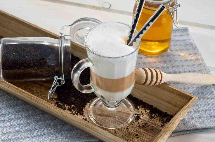 Herbata z mlekiem i miodem - wypróbuj sprawdzony przepis. Odwiedź Smaczną Stronę Tesco.