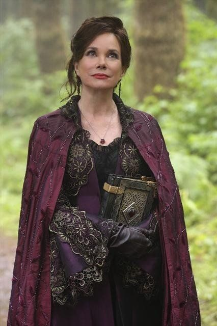 Was I the only one who loved and hated Cora at the same time? Queen Of Hearts OUAT