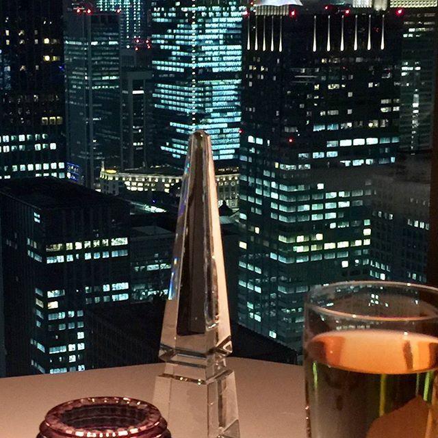 Instagram【releve38】さんの写真をピンしています。 《東京は夜の7時〜🎵 と思わず歌いたくなるような景色  絶世の美女Youko姫とフレンチを堪能  ありがとう💕ごちそうさま  #MandarinOrientalTokyo #マンダリンオリエンタル東京 #フレンチ#シグネチャー #東京の夜#旅行#日本橋 #夜景#nightview#景色 #Hotel#Tokyo#Night#friend #travel#instagood #instatrip #instagram #instaview  #東京タワー #東京タワー派 #独身時代 毎日東京タワーを見ながら帰った仕事帰り辛い日は頑張りを自分で褒めたの神谷町駅だったな😭それも思い出なり》