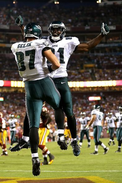 Tight end Brent Celek #87 of the Philadelphia Eagles celebrates with wide receiver Jason Avant #81 after Celek catches a 28-yard touchdown in the second quarter against the Washington Redskins at FedExField on September 9, 2013 in Landover, Maryland. (Photo by Rob Carr/Getty Images)