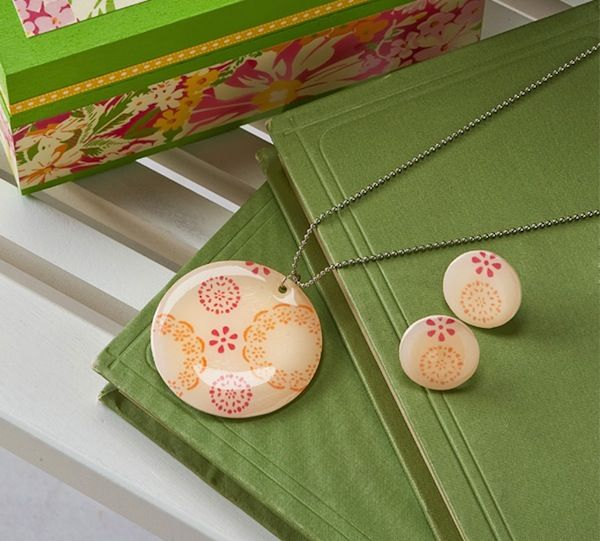 Fair isle DIY necklace and earrings made using Shrinky Dinks