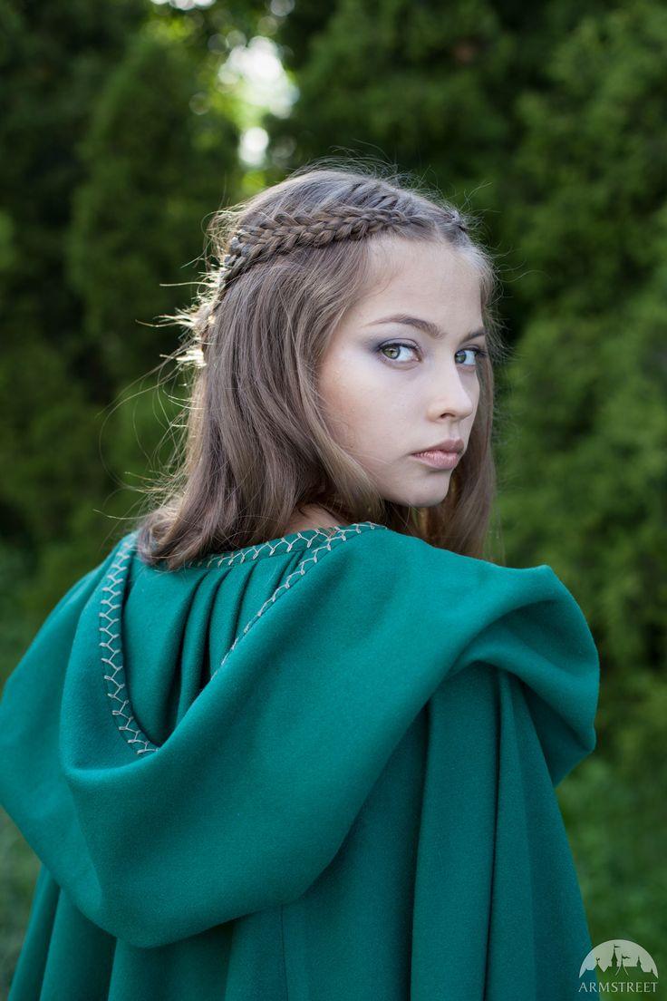 """""""Fairy Tale"""" woolen cloak                                                                                                                                                     More"""