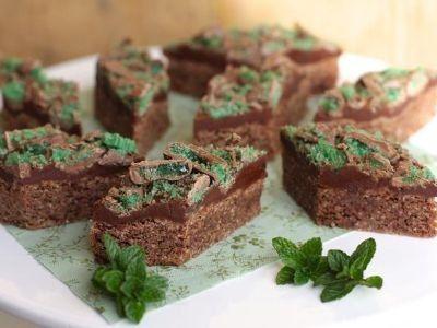 Chocolate Peppermint Crisp Slice recipe