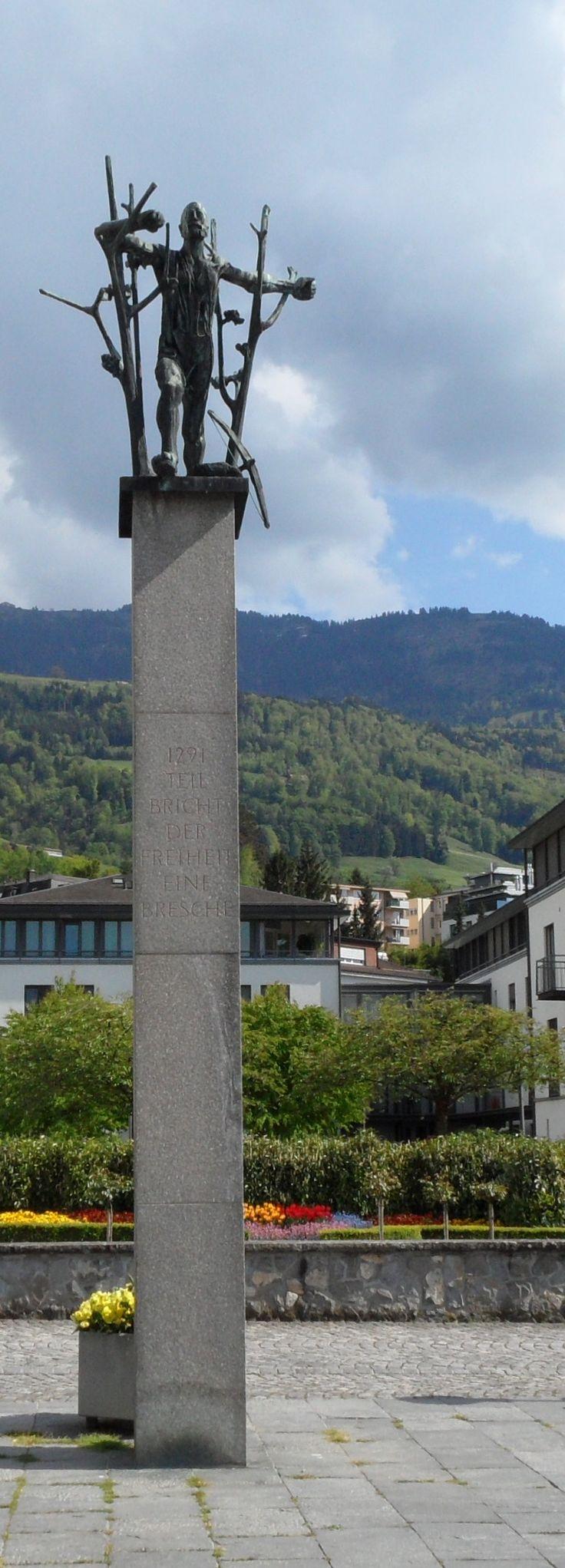 Wilhelm-Tell-Denkmal von Emilio Stanzani in Küssnacht am Rigi, Kanton Schwyz, Schweiz.