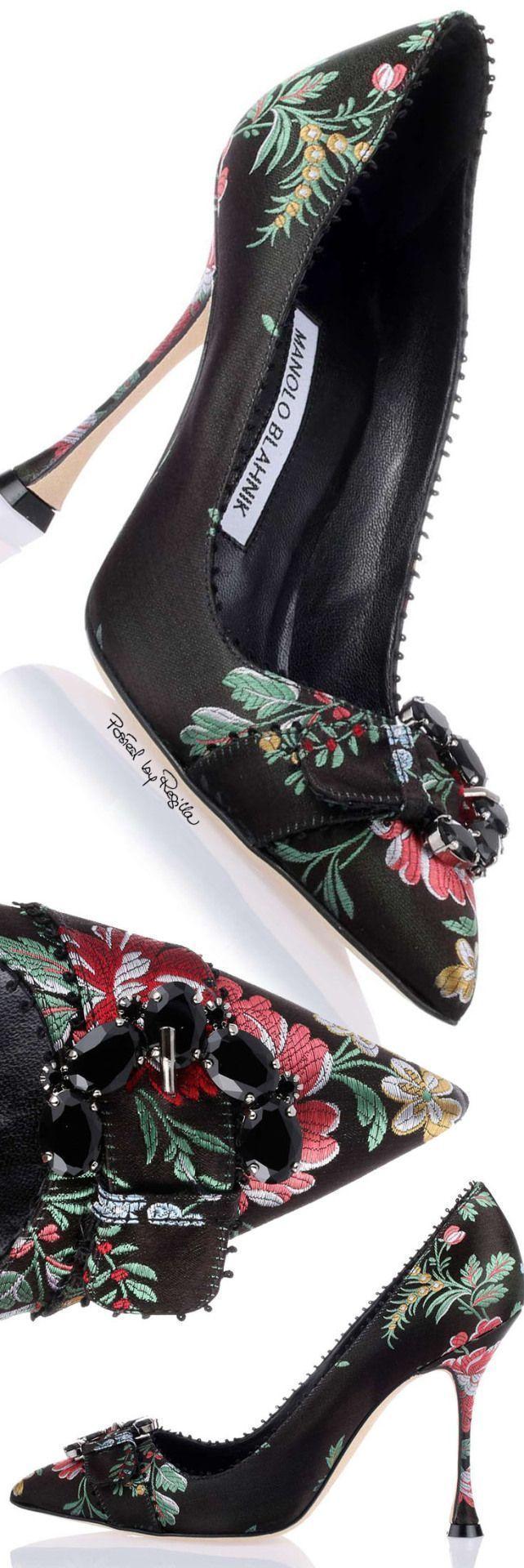 Manolo Blahnik #manoloblahnikheelsfashion #manoloblahnikheelsbeautiful #manoloblahnik2017 #zapatos