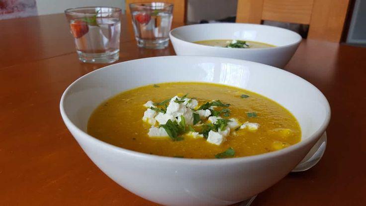 Zupa marchewkowo-pomarańczowa https://ciasnakuchnia.pl/przepis/zupa-marchewkowo-pomaranczowa/