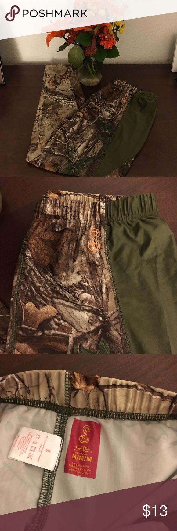 Camo leggings Camo leggings 82% polyester 18% spandex. Purchase only please. Pants Leggings