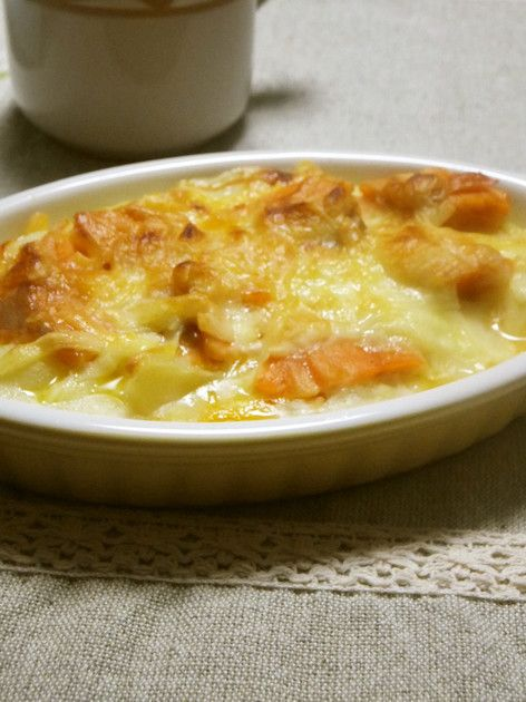 ✿100人れぽ話題入りレシピ✿鮭の塩加減でじゃがいもが食べれるよ♪ポテトとチーズの相性が◎ランチにも◎ワインも合いそう♡
