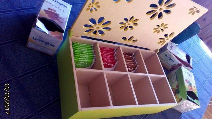 """Modelo de una Caja de Té de 6 Compartimentos Corte Láser o corte con CNC, hecho para MDF de 5,5mm de espesor y corte con fresa de 1.5mm. De fácil armado ya que cuenta con encastres. La caja cuenta con 6 divisiones o compartimentos y posee una tapa con bisagra... <a class=""""continue-reading-link"""" href=""""http://texolab.net/2017/10/10/modelo-de-una-caja-de-te-de-6-compartimentos-laser-o-cnc/"""">Seguir Leyendo <span c..."""
