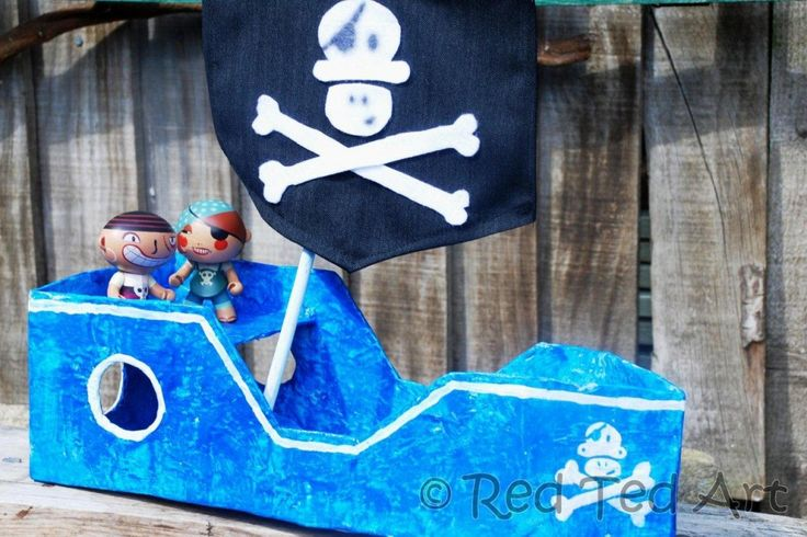wonderfully detailed instructions for making your own cardboard pirate ship #campsunnypatch