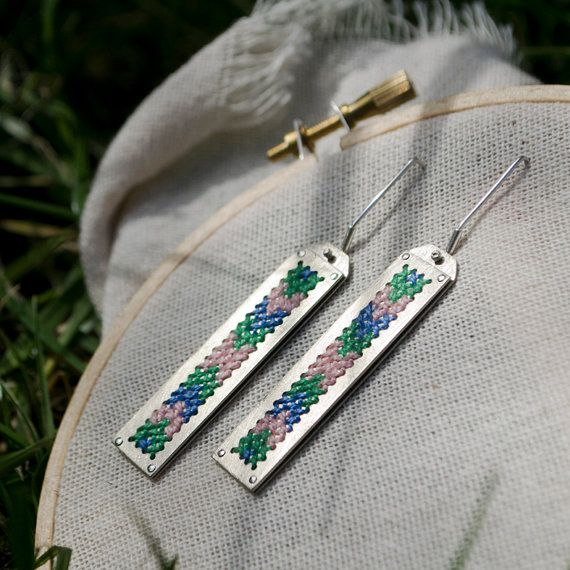 my store, running again!! :D Aros Bordados en  Punto Cruz cross stitch earrings