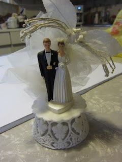 wedding cake toppers michaels pin by robin on mr amp mrs wedding cake toppers 26536