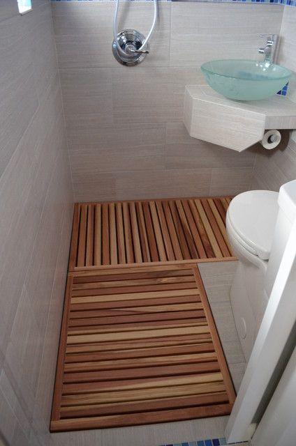 mini wc g ste toilet pinterest tiny bathrooms and toilet. Black Bedroom Furniture Sets. Home Design Ideas
