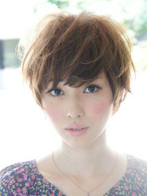 Soft and feminine short hair.
