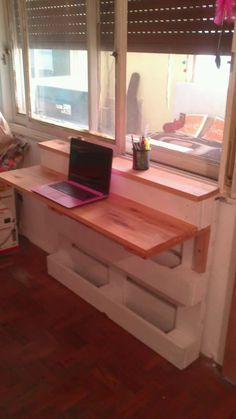 escritorio de pallet reciclado
