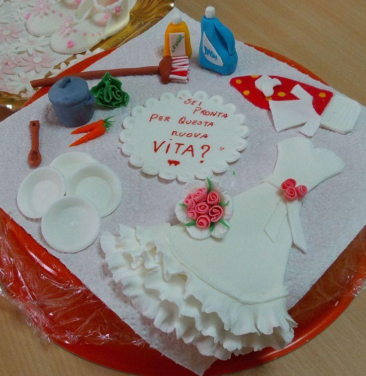 Decori per una torta di addio al nubilato tutto in pdz