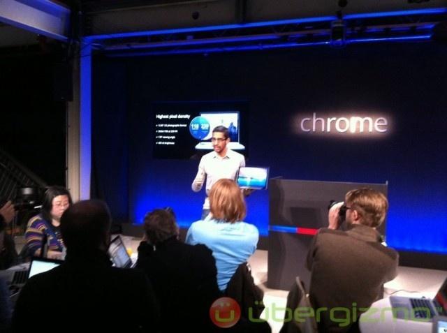 Google Chromebook Pixel High-End Laptop Launched! http://www.ubergizmo.com/2013/02/google-chromebook-pixel/
