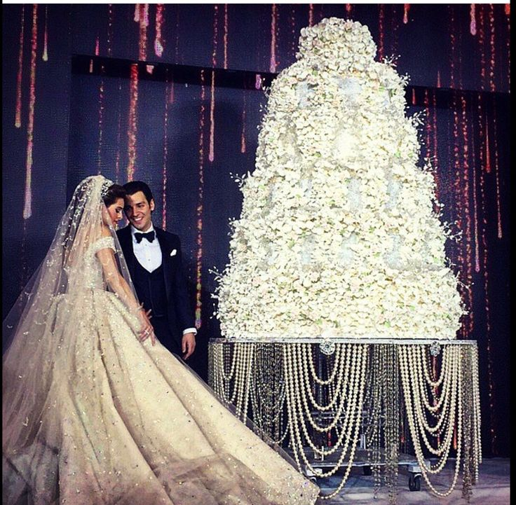 Beautiful Lebanese Wedding Cake