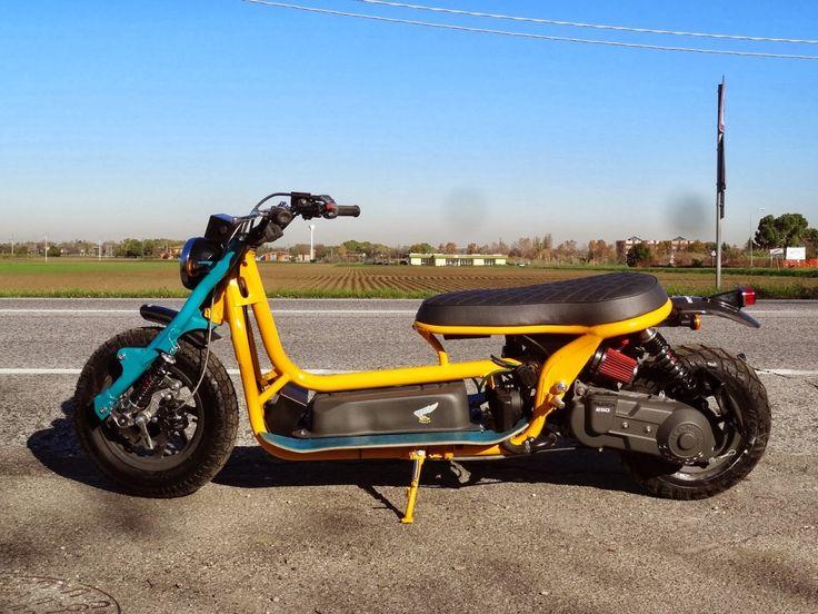 Customs: B.R. Moto's Honda Helix