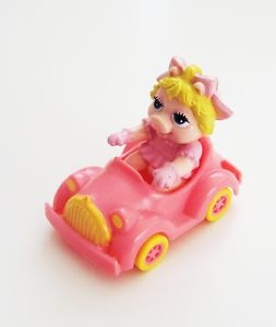 i totally had this - miss piggy mcdonalds toy