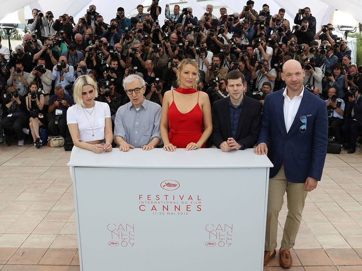 #Photocall Café Society de Woody Allen #Cannes2016. http://place-to-be.net/index.php/news/4569-cafe-society-realise-par-woody-allen