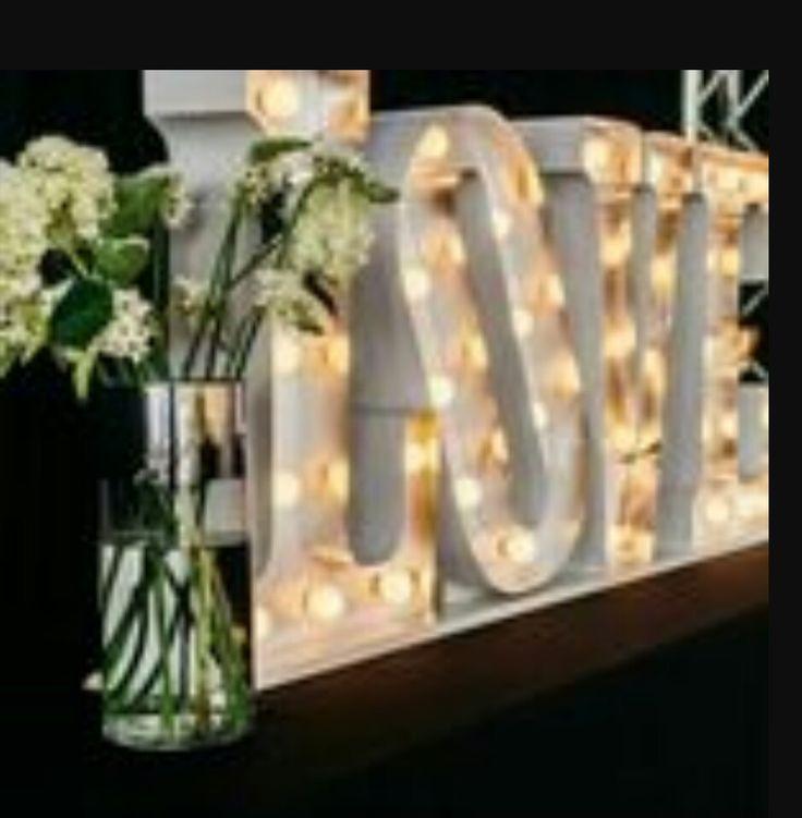 Diseño y fabricación de letras corporeas para matrimonio