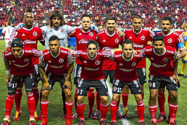 Club Tijuana obriga jogadores a usarem chuteiras vermelhas