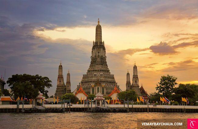 Wat Arun (Chùa Bình Minh)