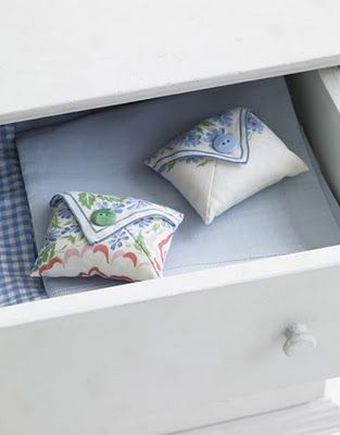 Repurpose pretty vintage handkerchiefs into sachets would love to try this with our lavender!