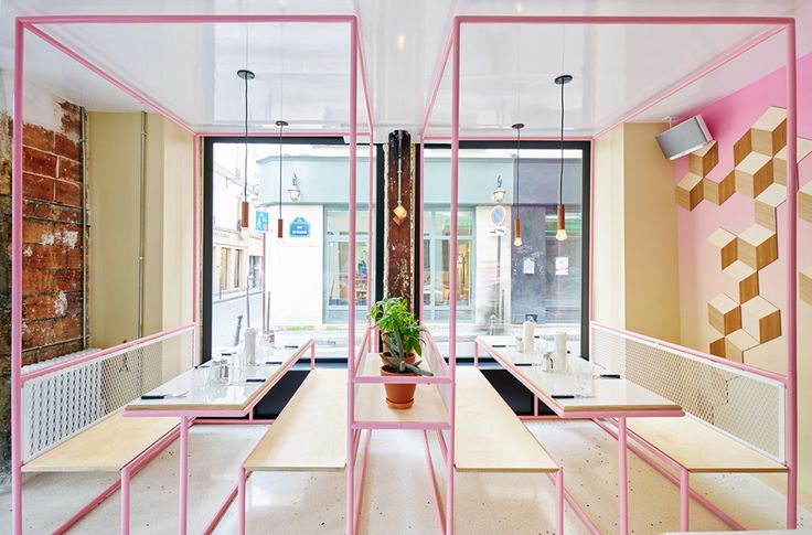 Pink+and+blue+pipes+with+white+fencing+at+PNY's+new+Restaurant+designed+by+CUT+Architectures+-+KNSTRCT (7)