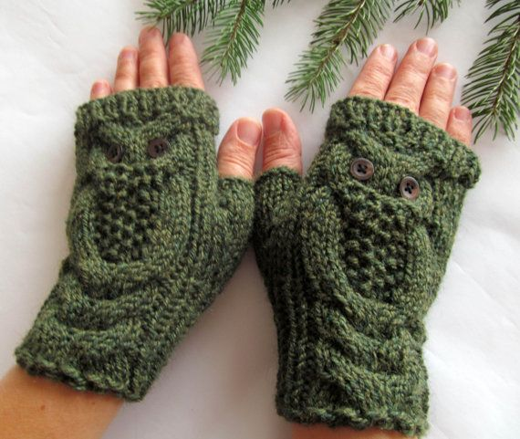 Owl Fingerless Gloves Knitting Pattern : 62 best images about Handschuhe, Stulpen on Pinterest Wool, Stricken and Cable