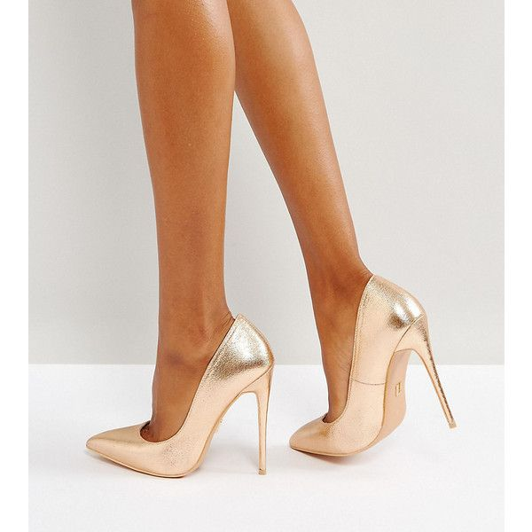 Lost Ink Wide Fit Rose Gold Metallic High Court Shoes ($53) ❤ liked on Polyvore featuring shoes, pumps, gold, ballet pumps, wide shoes, skimmer pump, high heel shoes and pointy-toe pumps