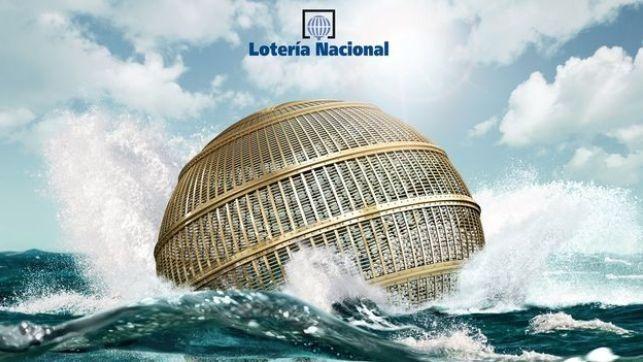 ¿Cuánto repartirá la Lotería de Navidad este año? - #LoteríaDeNavidad, #Navidad, #Noticias  http://lanavidad.es/premios-loteria-de-navidad-2014/3303