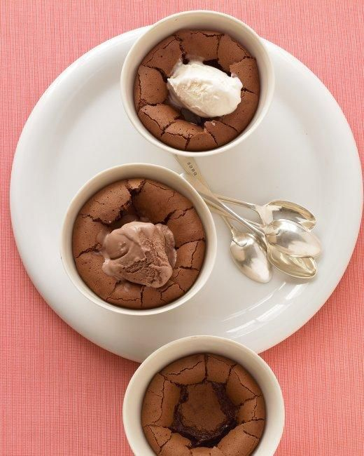 Comfort Desserts // Warm Chocolate Puddings Recipe