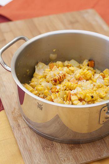 Sopa de maiz en proceso, te mostramos la receta de esta sorprendente sopa.