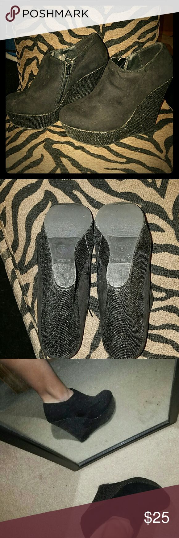 Super Sexy Sparkle Wedge Booties Platform is about 1in and half, wedge almost 4 inches, black suede booties with black sparkle wedge. Worn 2. Light storage wear, but with use would go right back. Minimal wear signs.  Good condition. States size 8. I wear 8 and half shoes size and they fit me good/light snug. No name brand, bought from chic  fashion Boutique in new york. Shoes Ankle Boots & Booties