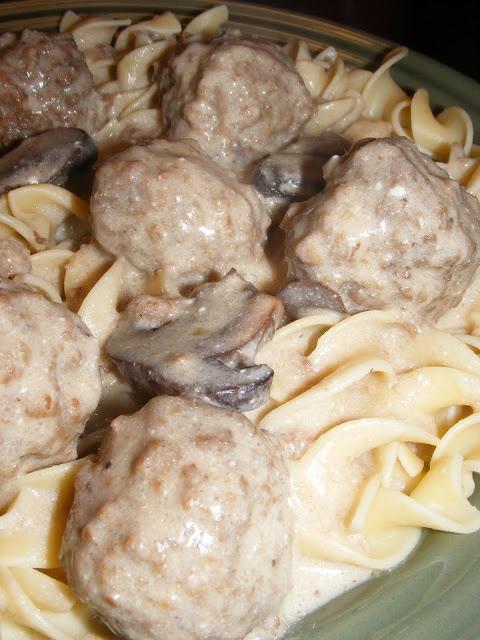 Recipe Crockpot Meatball Stroganoff
