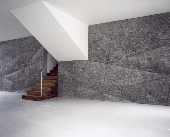 Interesting sense of depth, diagonal lines and material mix. Haus zur Blume