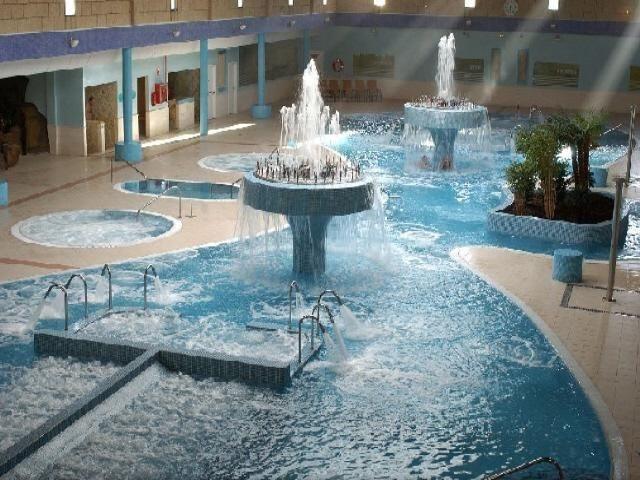 Fuente termal  del  Aqua Club del Spa Natura, Tenerife. ESP.-