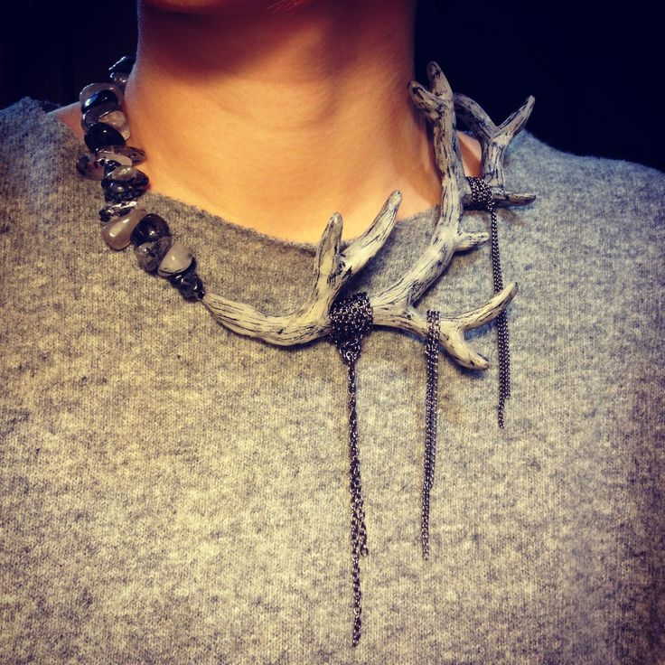 Necklace L.Dolls... Sprig of polymer clay, agate; very good facsimile of an antler. Cool!