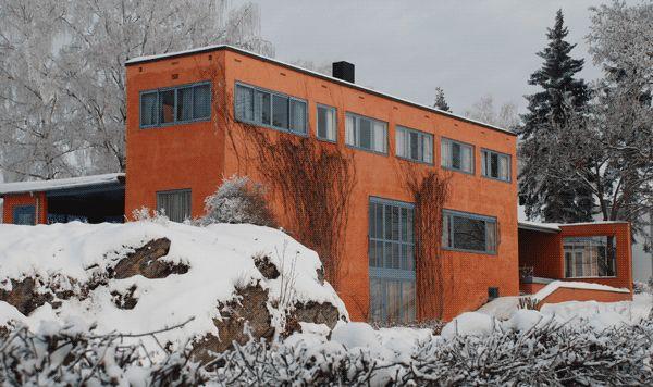 NO, Hamar, Villa Riise. Architect Arne Korsmo with Sverre Aasland, 1935.