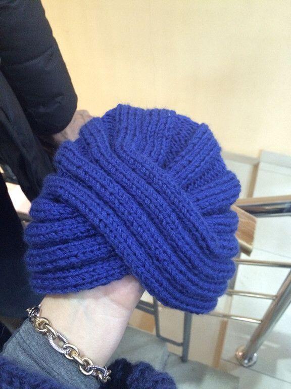 В этом году в моду опять прочно вошла шапка-чалма. Захотела связать себе такую…