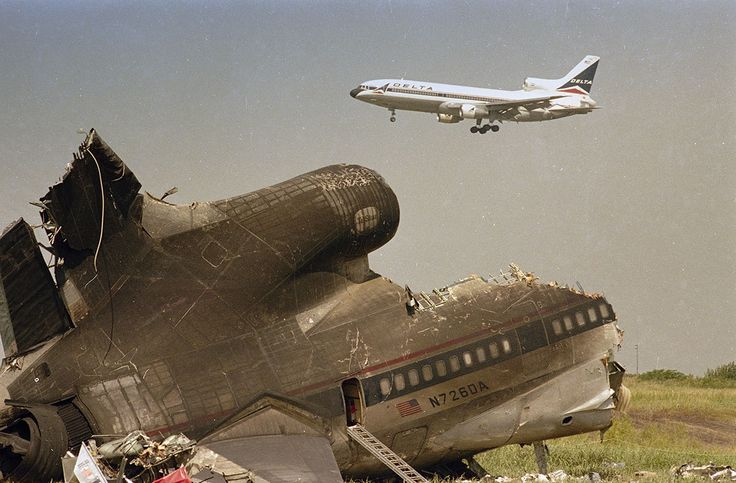 Wreckage of Delta Flight 191 a Lockheed L-1011 TriStar outside of Dallas Ft. Worth Airport in 1985 due to a sudden microburst. 27 of 152 survived. [1100x723]