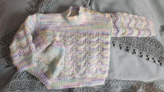 6 mois  2 pièces  ensemble fait à la main avec amour par grand-maman Diahn  sur Etsy.com/ca/fr/shop/TricotsDiahn