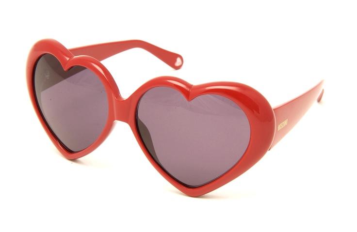 Moschino sunglasses...I really gotta get me a pair!!
