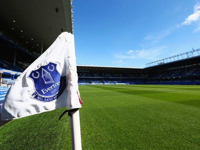Everton donate £200k to help fund treatment for cancer-stricken Sunderland fan
