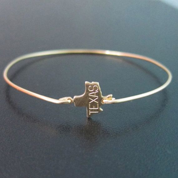 Texas State Bracelet Gold Texas Bracelet Texas by FrostedWillow...If you know me you know I love Texas! I need this bracelet!