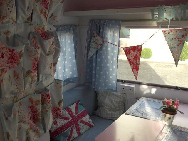 Sprite Cadet Vintage/Retro Caravan for sale   i used to have one of these sigh x