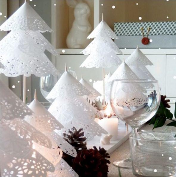 Se vuoi avere anche tu un Natale shabby realizza abeti total white con i centrini di carta!