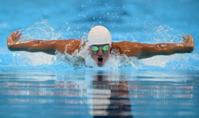 Você está pensando em começar a contar azulejos na piscina? Esta é uma referência comum aos adeptos da natação! Descubra os muitos benefícios da natação!